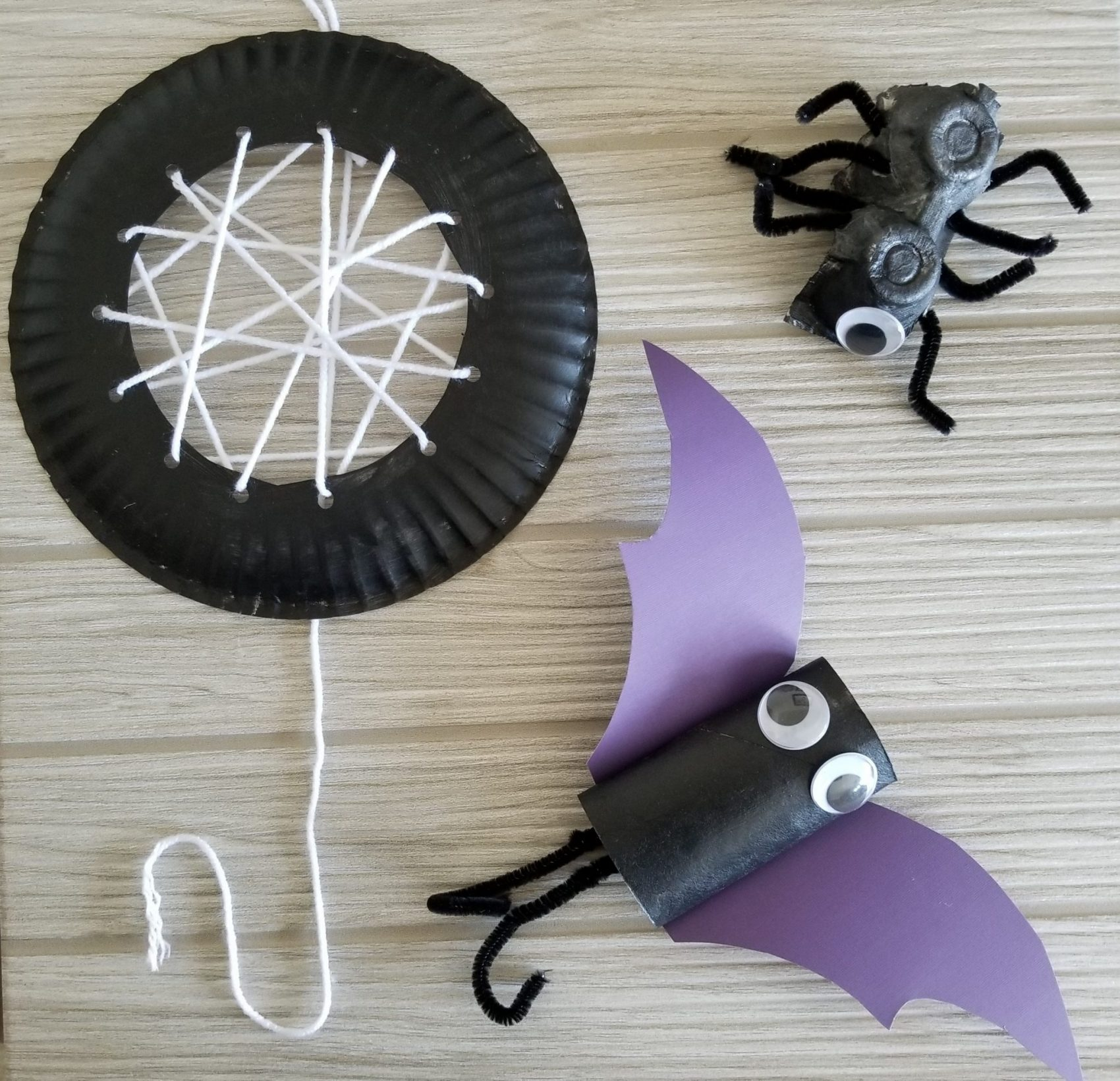 Halloween Spider and Bat Crafts for Kids | Spit Up and Sit Ups