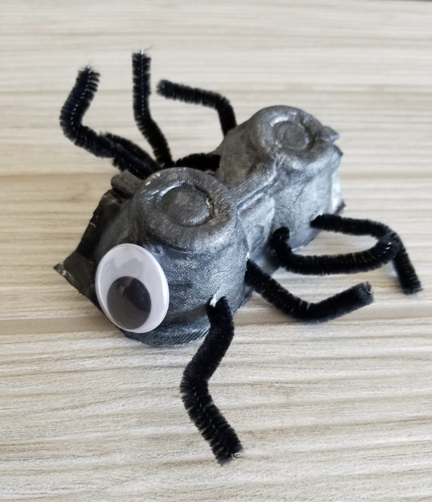 Halloween Spider and Bat Crafts for Kids - Egg Carton Spider | Spit Up and Sit Ups