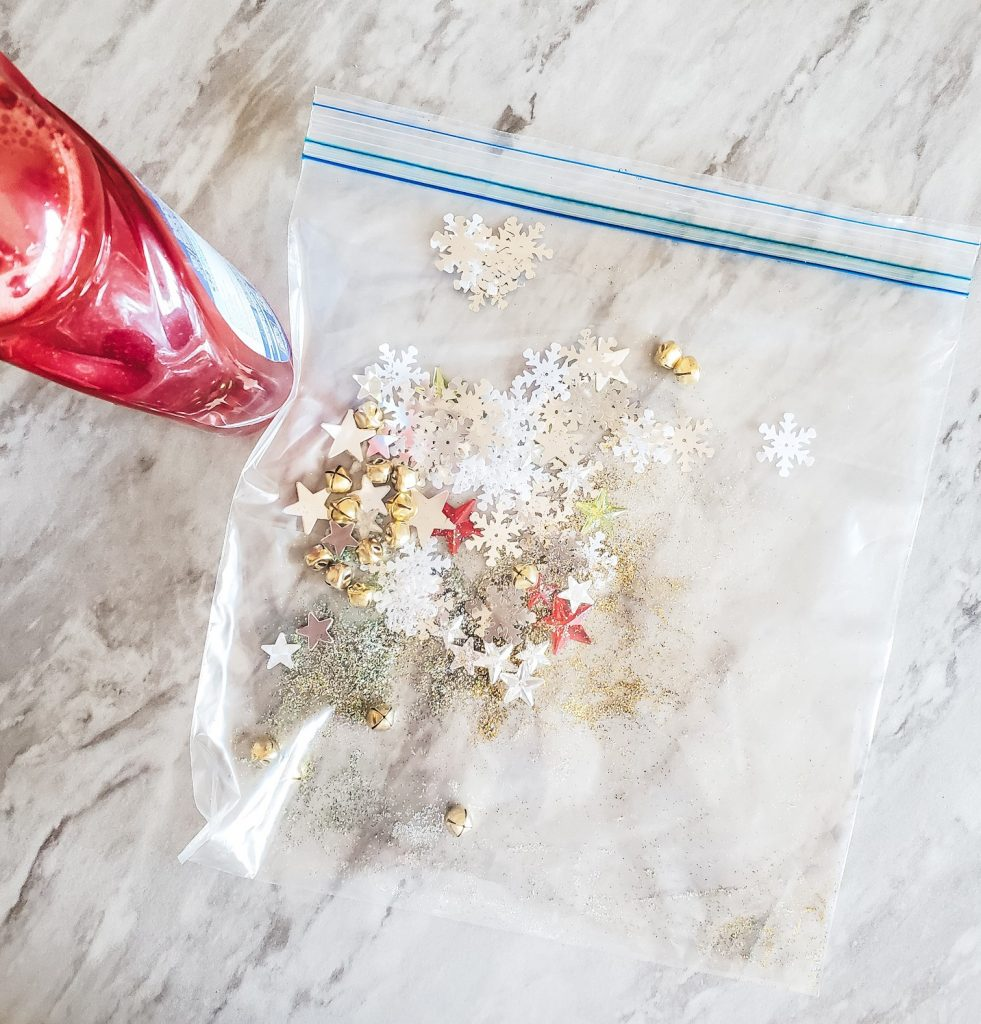 DIY Easy Christmas Sensory Bag Bag with supplies
